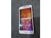 White Samsung Galaxy A3 UNLOCKED Great condition