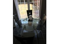 Excellent condition modern dining table