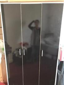 Gloss black Wardrobe drawers bedside cabinet
