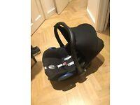 Maxi Cosi Cabriofix car seat and bugaboo bee attachments