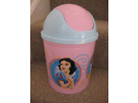 DISNEY PRINCESSES BIN - beautiful for a little girls palace! Features all 4 main princesses!