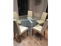 Very comfortable good looking dining chairs