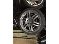 Mercedes Benz wheels come off Vito