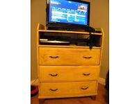 chest of drawers (including drawers in excellent condition)