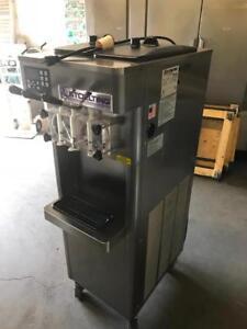 2012 stoelting ice cream yogurt machine ( air cooled , single phase only 208 , 12amps ! ) mint condition