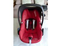 Maxi-Cosi Pebble Group 0+ Baby Car Seat (Red) + Rain cover + Maxi-Cosi Pebble Baby Car Seat Footmuff