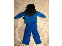 Ski suit jacket and sellopettes age 3-4