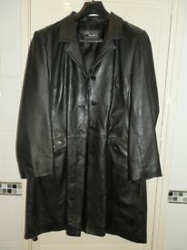 WOMENS BLACK LEATHER COAT SIZE 16