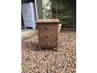Bedside table with 3 drawers