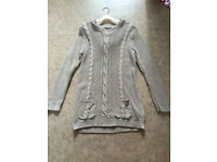 Ladies long line, hooded jumper. South size 12/14