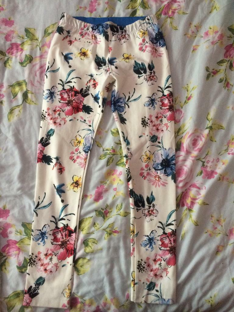 Zara girls leggings 13/14 164cmin Luton, BedfordshireGumtree - Zara Girls soft collection floral leggings Size 13/14 164cm Brand new never worn, sadly too small for my daughter.Collection only from Luton