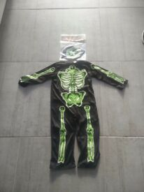 Halloween Costume with Hat: 3 - 4 years £2