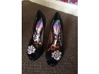 Black next heels size 6