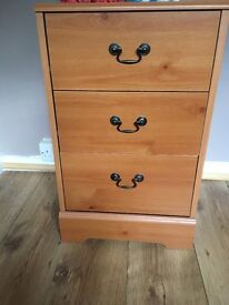 Childs wardrobe an bedside chest of drawd