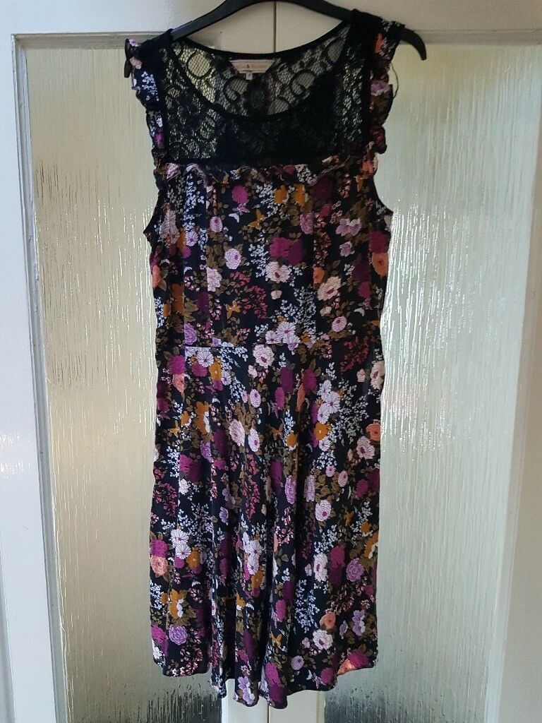 Ladies size 14 dress