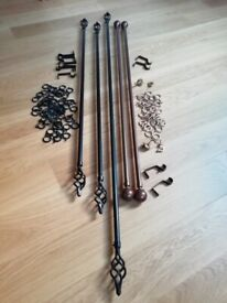Curtain Rails with Finials and Curtain Rings