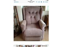 Sherborne Electric Rise & Recliner Chair. Good condition!