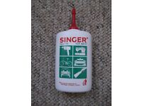 New 125ml bottle of Singer Super Oil for sewing machines, knitting machines, bicycles etc.