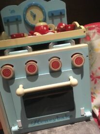 Lovely Honeybake play Oven £15