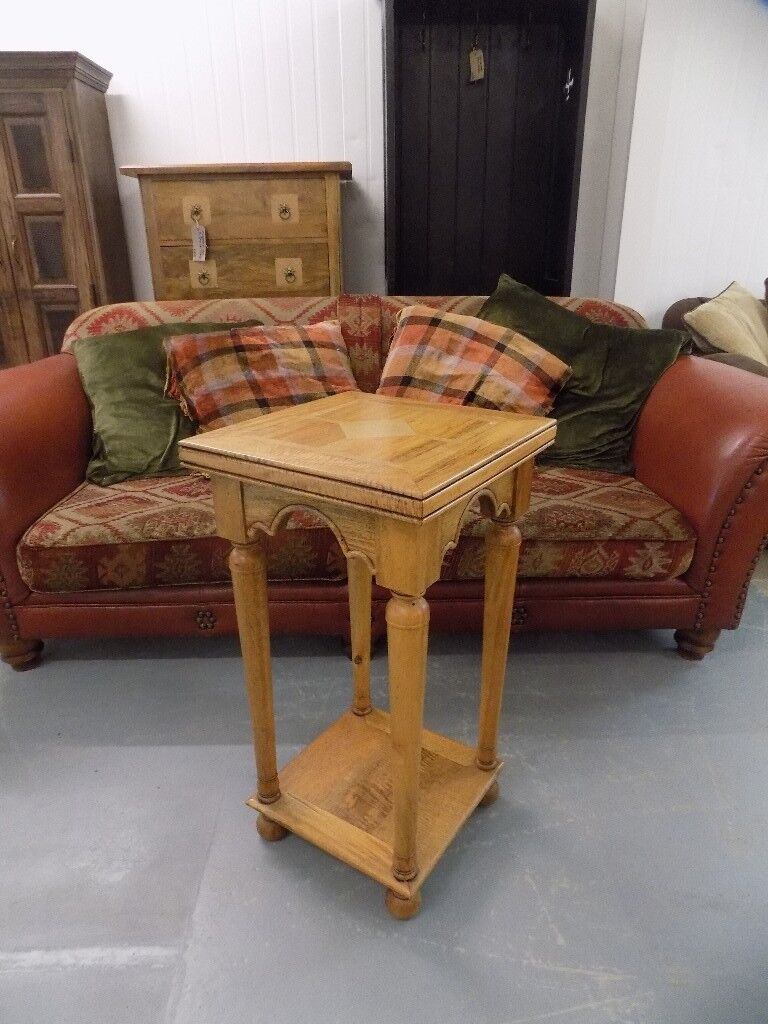 Barker stonehouse flagstone lamp plant table in norwich barker stonehouse flagstone lamp plant table geotapseo Images