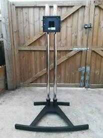 Unicol Vs1000 TV stand