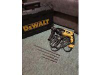 DeWalt SDS Combi Hammer Drill Kit
