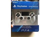 PlayStation Dualshock 4 V2 Controller Glacier White