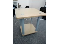 Small wooden bedside table - Excellent condition