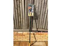 Yeoman telescopic Tree Pruner for sale - Bromley/Beckenham