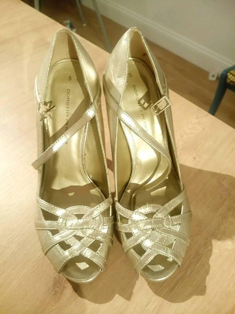 Gold stilleto heels size 5