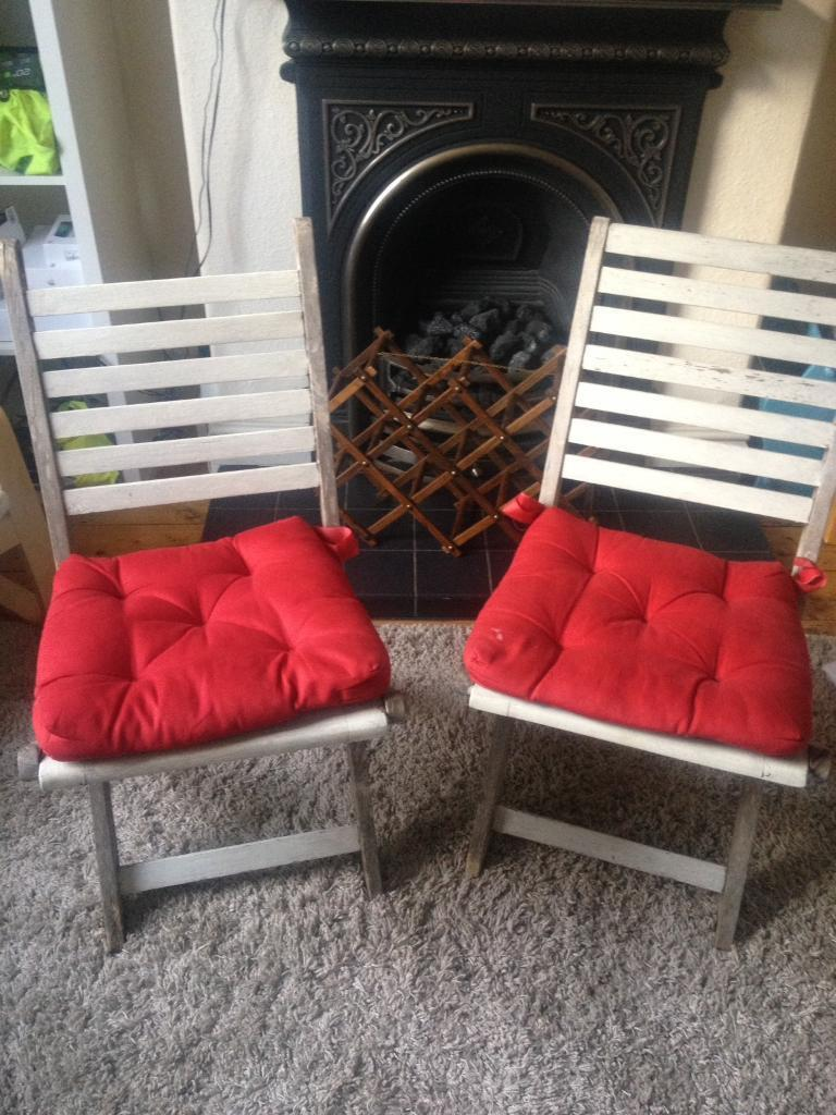 Free folding wooden chairs with cushions