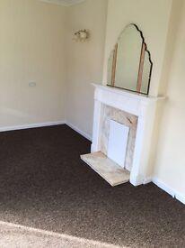 Bungalow to rent - Batley