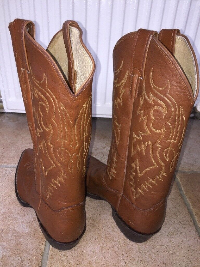 4435d209305c Genuine Justin boot company men s American cowboy boots