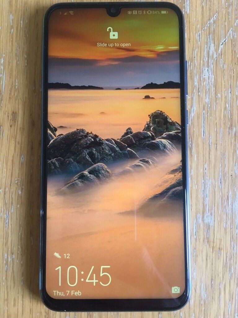 big sale 19c55 4b8c7 Huawei Honor 10 Lite - As New - £150.   in Salisbury, Wiltshire   Gumtree