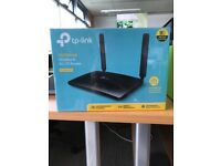 tp-link 300Mbps Wireless N 4G LTE Router (TL-MR6400) *UNOPENED*