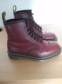 Red/Burgendy Doc Martens boots size 4