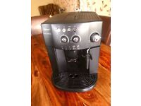 DeLonghi ESAM 4000 Bean to cup Espresso Machine - Black