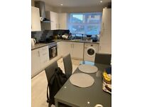 LOVELY 3 BEDROOM HOUSE IN CANNING TOWN