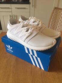 Adidas Originals Tubular Trainers White Size 6 RRP £89.99