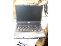 Acer TravelMate 5730 Laptop