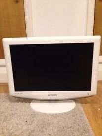 Samsung 19 Inch LCD TV Model: LE19R86WD, good condition, hardly used.
