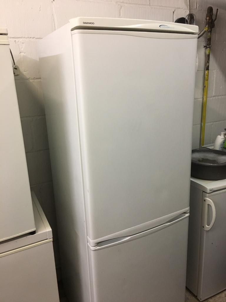 White Daewoo Fridge Freezer Fully Working Order Just £40 ...