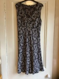 Ladies Clothes Size 16
