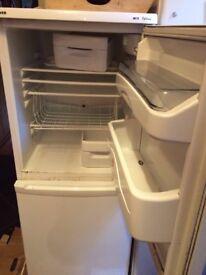 Fridge freezer good condition hoover