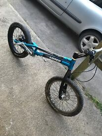 "20"" trials bike.good condition, no cracks!"