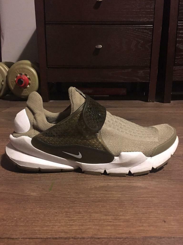 1798f56aa4a4 Nike Sock Dart - Size 7