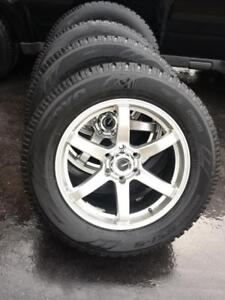 INFINITY QX 80  HIGH PERFORMANCE TOYO OBSERVE GSi5  WINTER TIRES 275 / 60 / 20 ON ALLOY RIMS