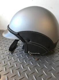 Vespa Helmet size med/large