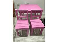 Kids pink sparkly table & chairs