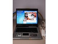 Asus Z9200 Notebook / Laptop 2GB Ram, Windows 7 Ultimate & MS Office